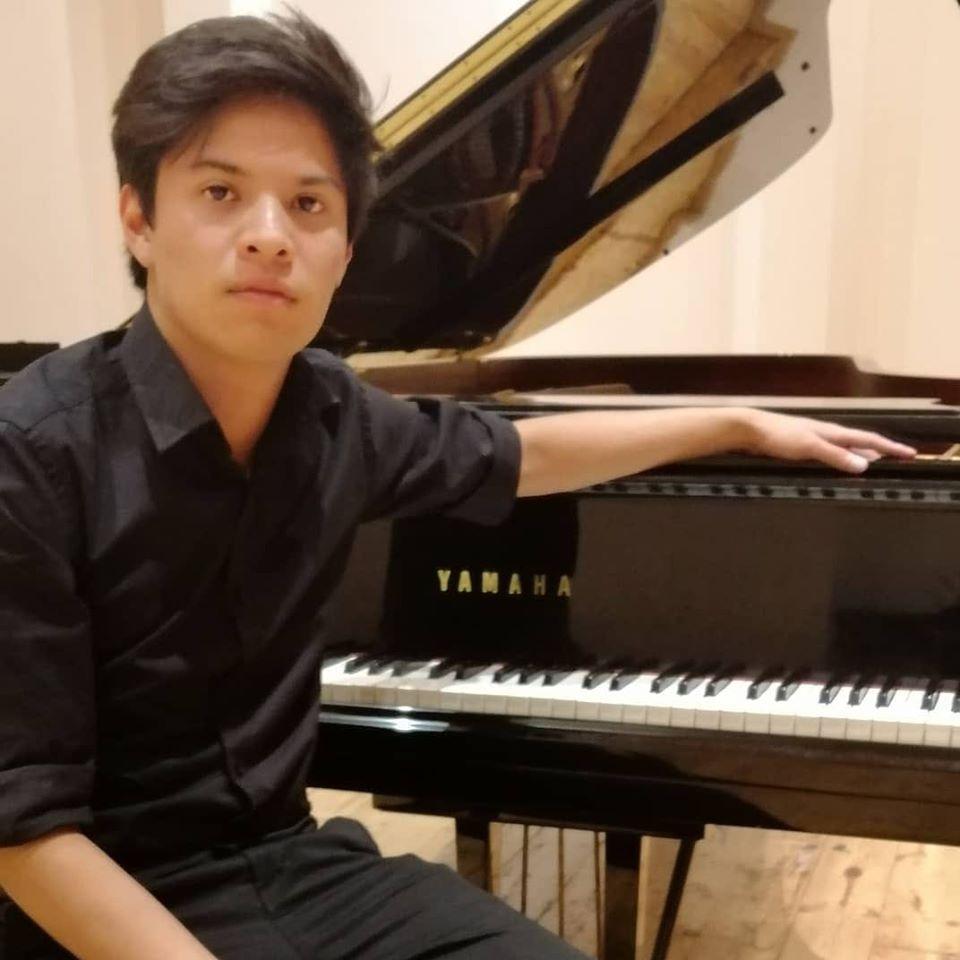 MATEO TORRES MENDOZA MAESTRO DE PIANO