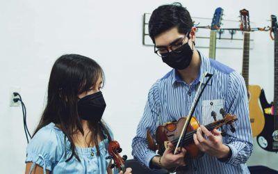 Beneficios de tocar el violín en niños y adultos